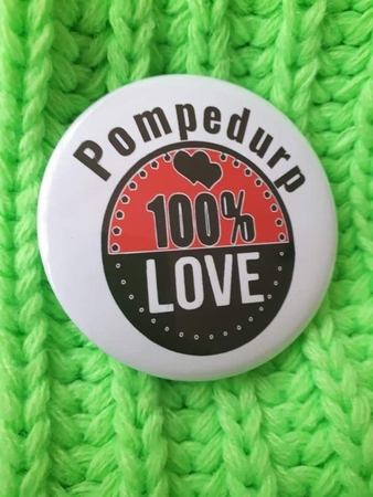 carnaval button pompedurp100% Love